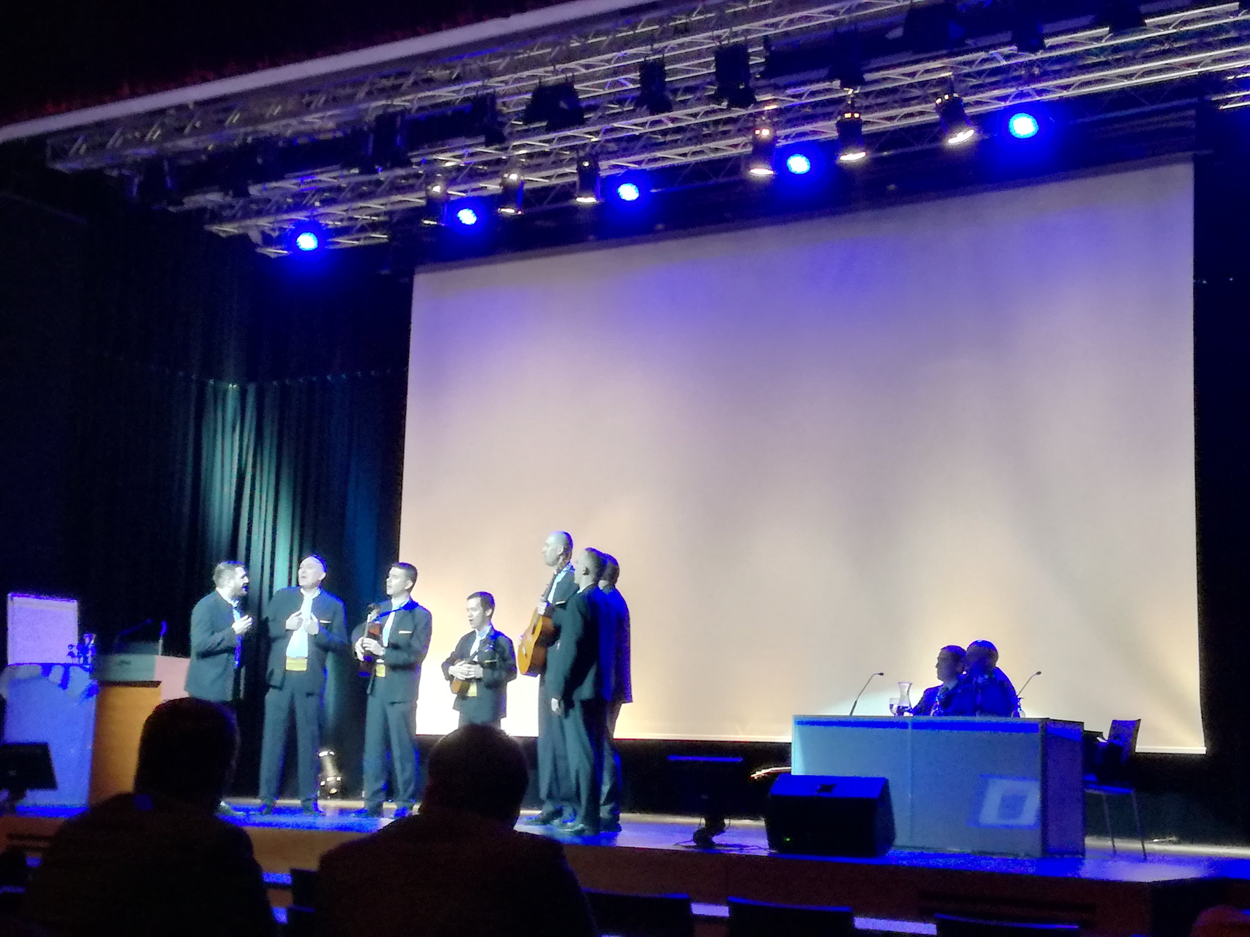 Congress opening with Klapa music